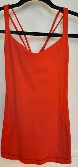 Lululemon red tank Sz 6